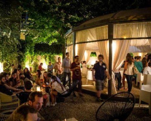 anita-dinner-lounge 2